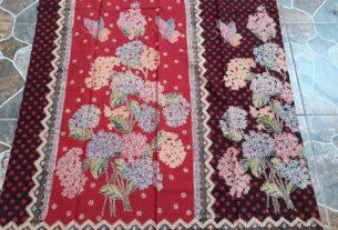 kain batik encim motif bunga bunga warna merah