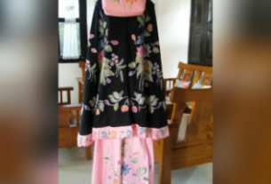 mukena batik cap kombinasi bordir halus warna hitam kombinasi pink