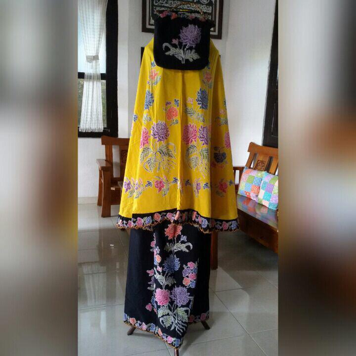 mukena batik cap warna kuning kombinasi bordir