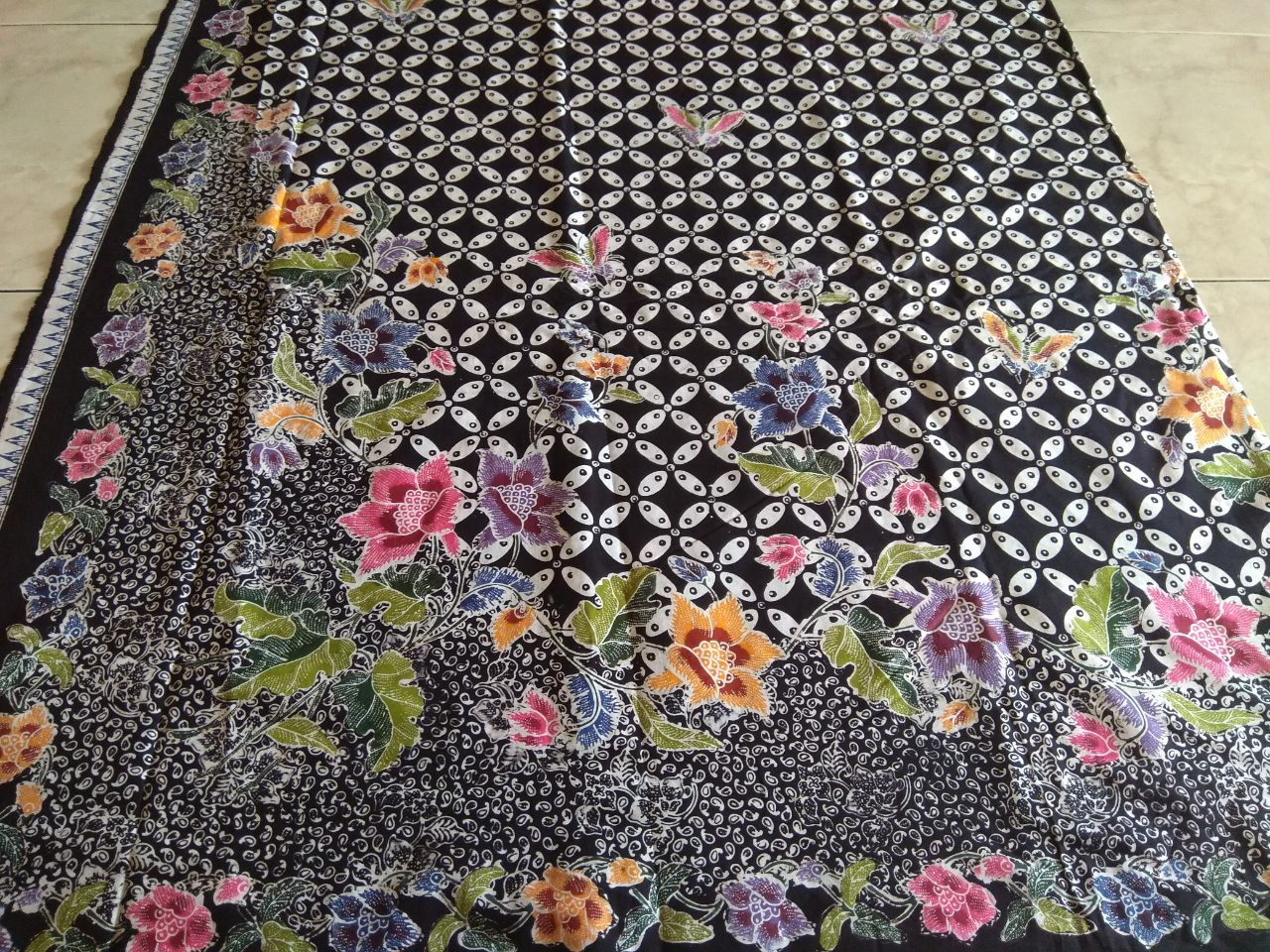 kain batik cap encim motif kawung warna hitam