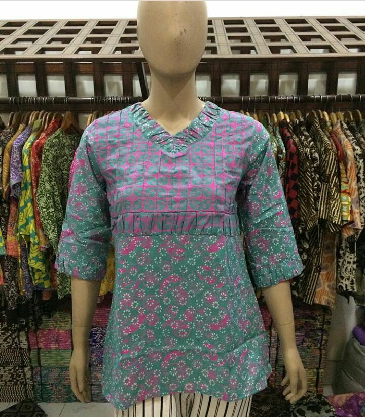 baju batik kerja kantoran untuk wanita