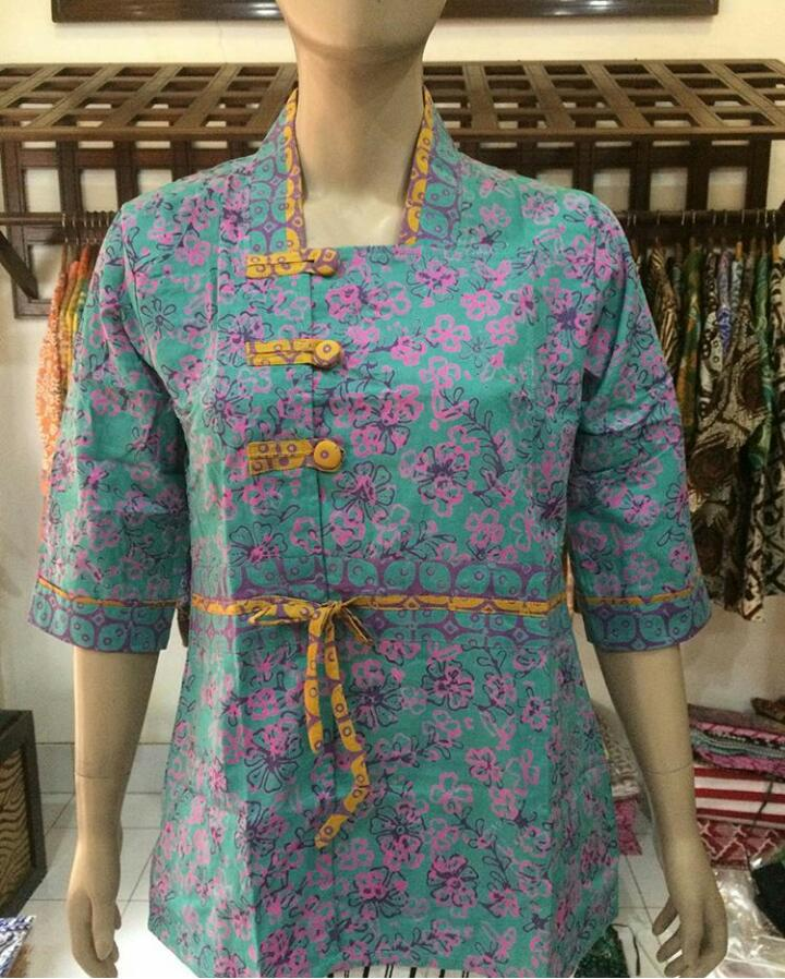 model baju batik cap wanita kantor